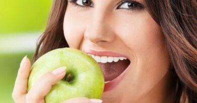 Какие продукты сохраняют зубы