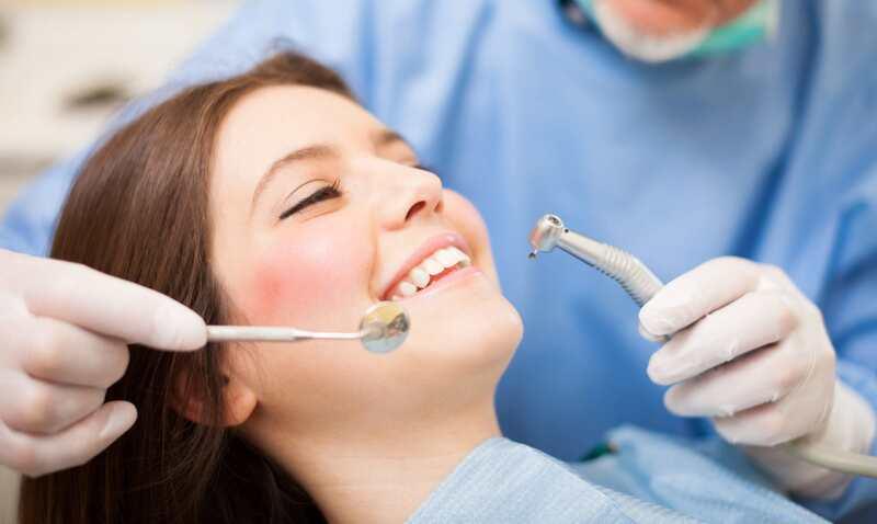 Связь между челюстями и позвоночником. Почему нельзя оставлять пустое пространство от выпавшего зуба надолго