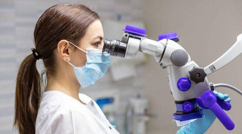 Лечение зубов под микроскопом. Обработка корневых каналов